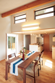 間接照明とデザインがおしゃれな家.png